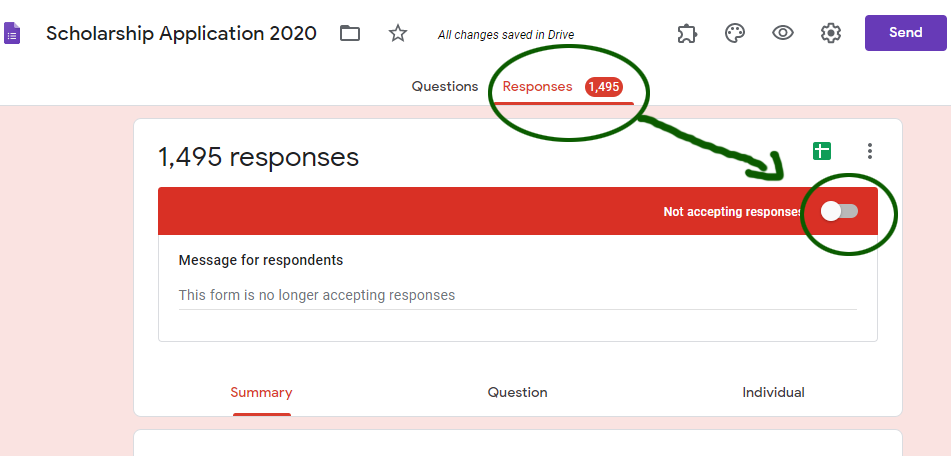 How to close a Google Form it to accept responses (or reopen)